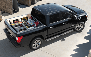 2017 Nissan Titan in Black