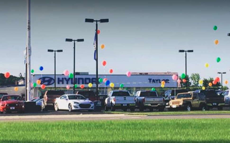 Good Taylor Hyundai Of Findlayu0027s Own Service Center Is Here To Serve Drivers  From Perrysburg, Bowling Green, OH And Lima, ...