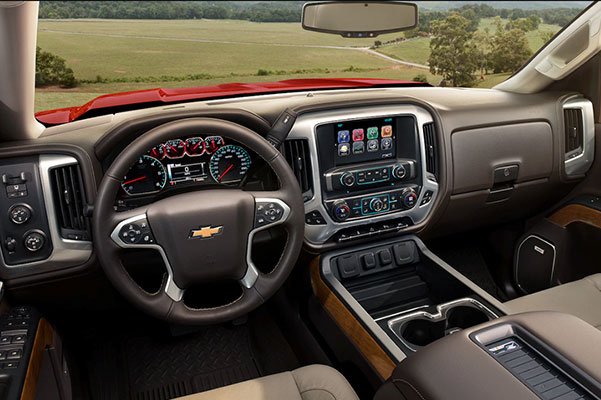 2018 Chevy Silverado Interior Features & Technology