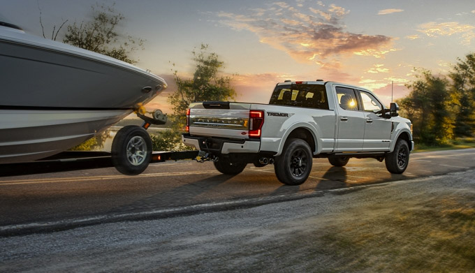 2020 Ford Superduty towing boat