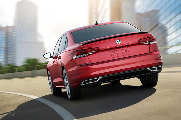 2020 Volkswagen Passat on road rear 3/4