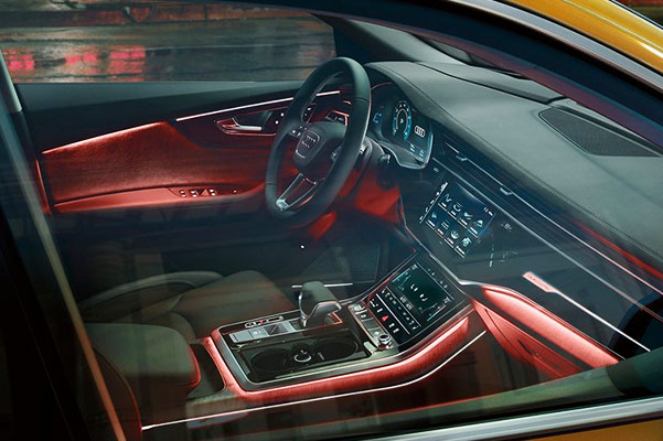 2019 Audi Q8 Interior Features & Technology