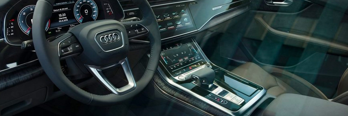 2019 Audi Q8 Interior & Technology