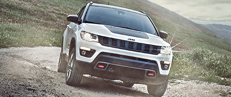 2018 Jeep Grand Cherokee Front Exterior in Black