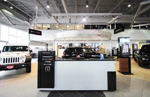 Baxter CDJR Lincoln interior dealership image