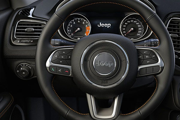 2018 Jeep Compass Interior & Technology