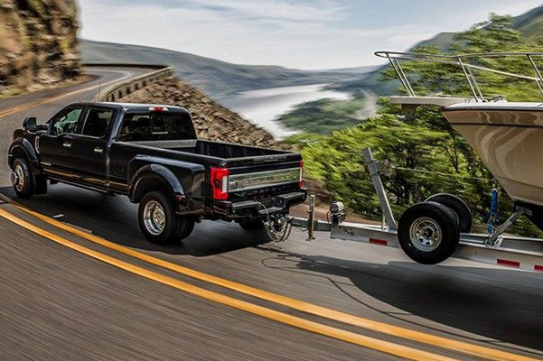 2019 Ford F-250 Performance Specs & Safety