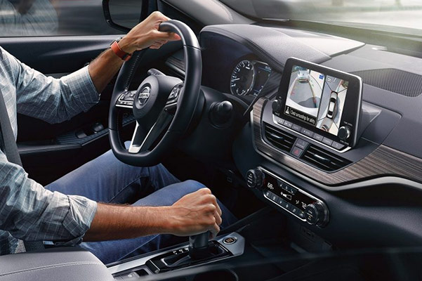 THE ALL-NEW 2019 NISSAN Altima interior features