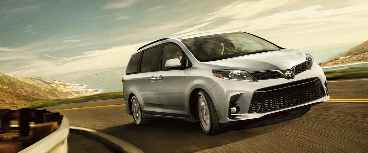 2020 Toyota Sienna header