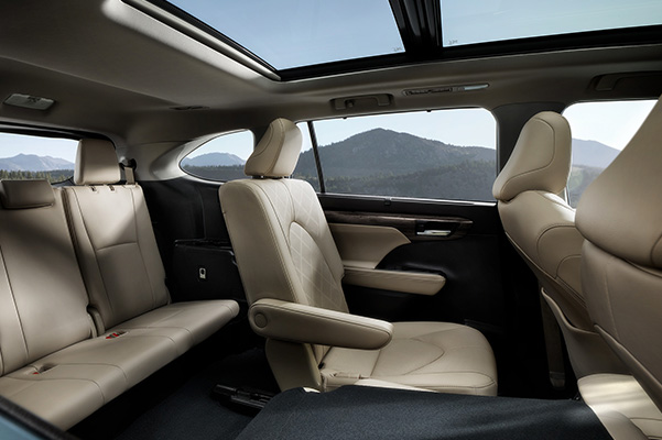 2020 Toyota Highlander interior room