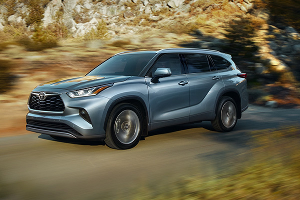 2020 Toyota Highlander driving on road