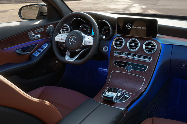 2019 Mercedes-Benz C 300 Specs, Performance & Safety Features