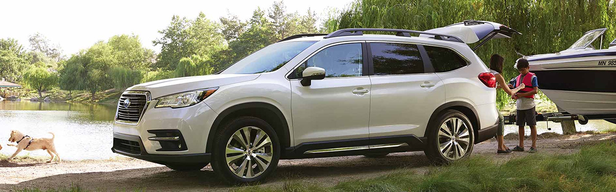 2019 Subaru Ascent towing boat