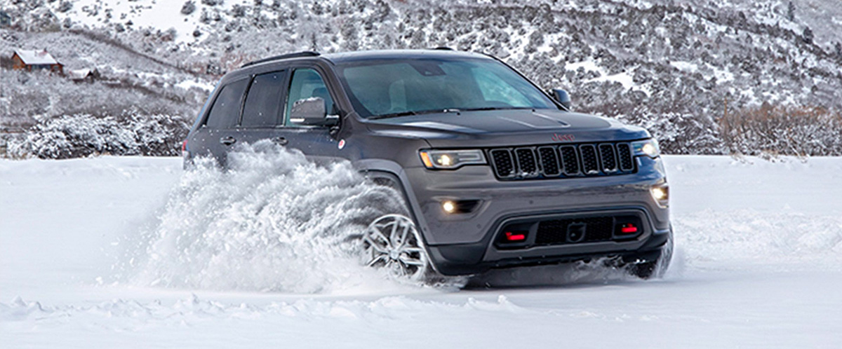 2020 Jeep Grand Cherokee Engine Specs & Safety Features