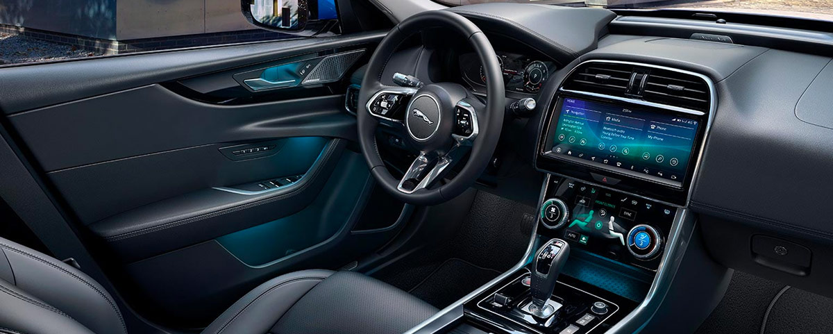 2019 Jaguar XE Interior Features & Technologies