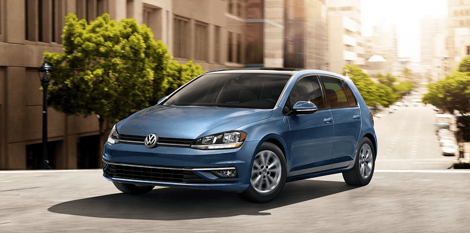 2018 Volkswagen Golf Front Exterior in Blue