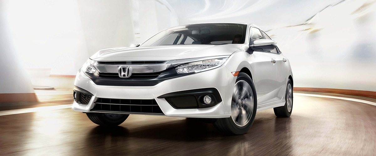2018 Honda Civic around corner