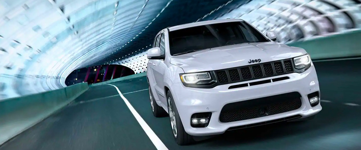 THE 2019 JEEP GRAND CHEROKEE header