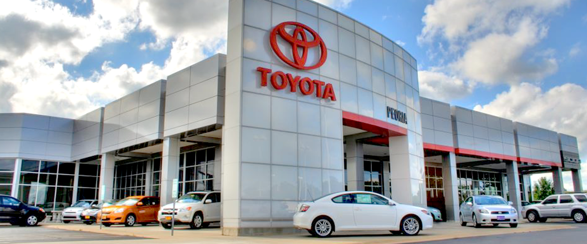 Toyota Peoria Il >> Why Buy From Peoria Toyota New Toyota Dealership In Peoria Il