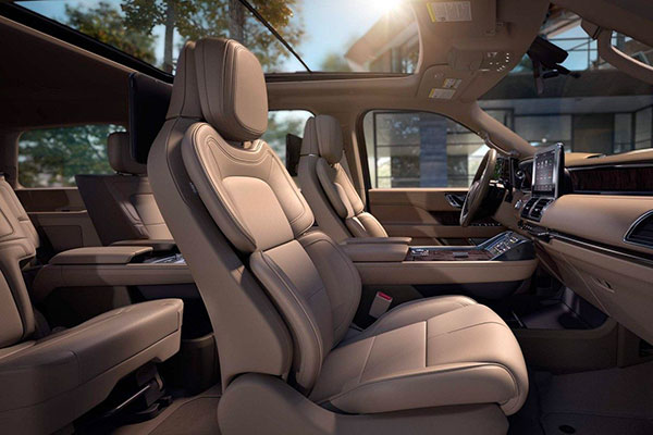 A side view of the available front passenger Perfect Position Seat with Active Motion.