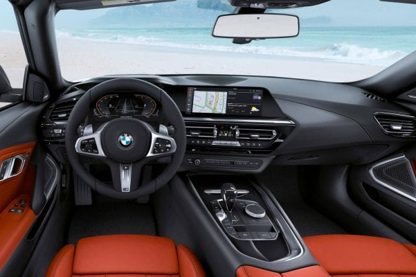 2019 BMW Z4 Interior Features & Technology