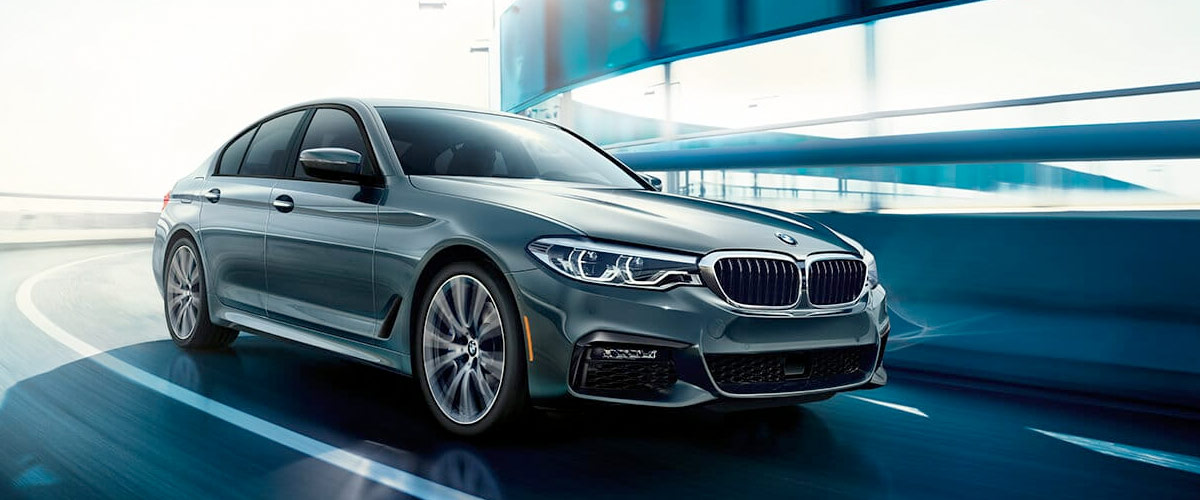 2019 BMW 5 Series header