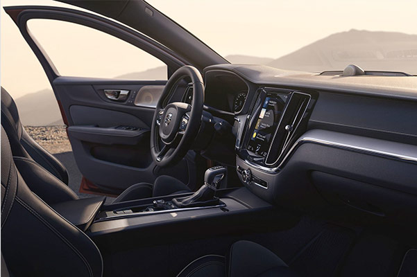 2019 Volvo S60 Specs & Safety Features