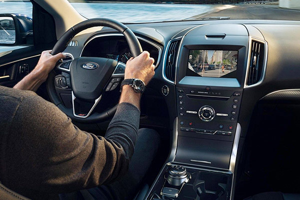 2019 Ford Edge Interior & Technology