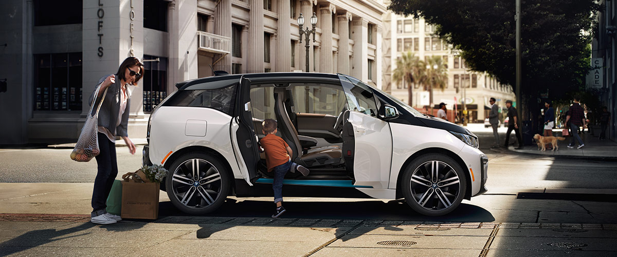 New BMW i3 Electric Vehicle | Electric Car Charging ...