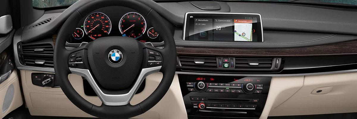 2018 BMW X5 Technology interior