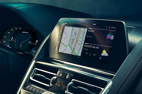 2019 BMW 8 Series interior dash