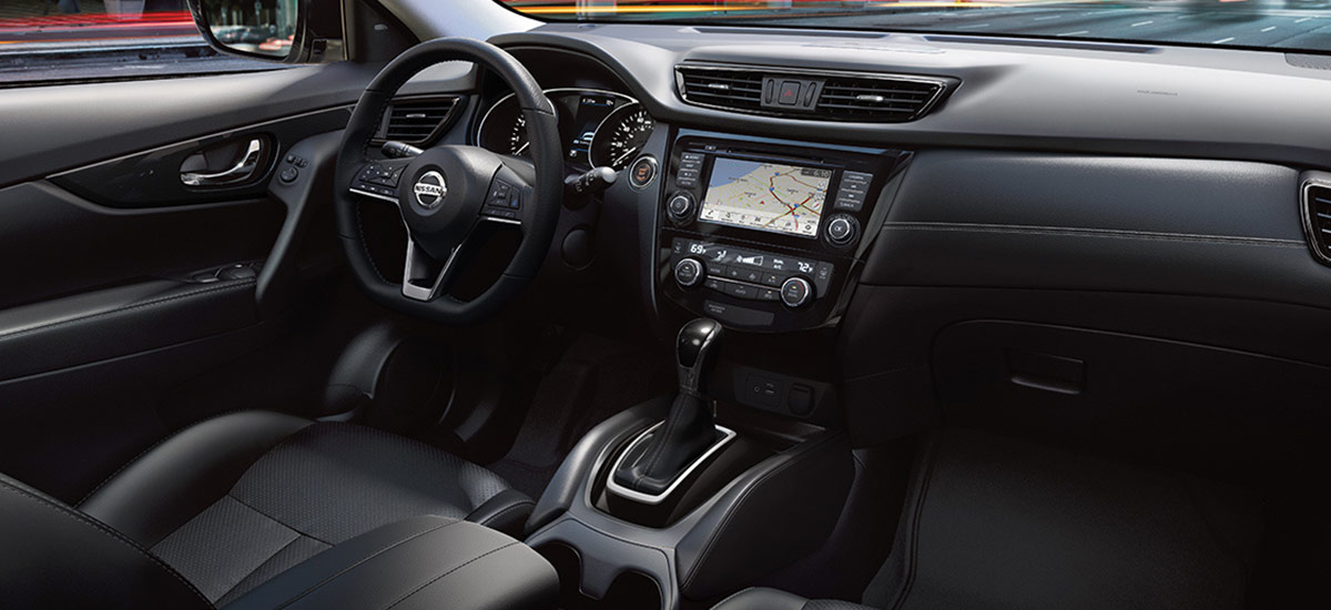 Nissan Rogue SL interior design shown in Charcoal Leather