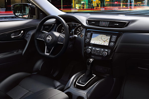 2018 Nissan Rogue Interior & Technology