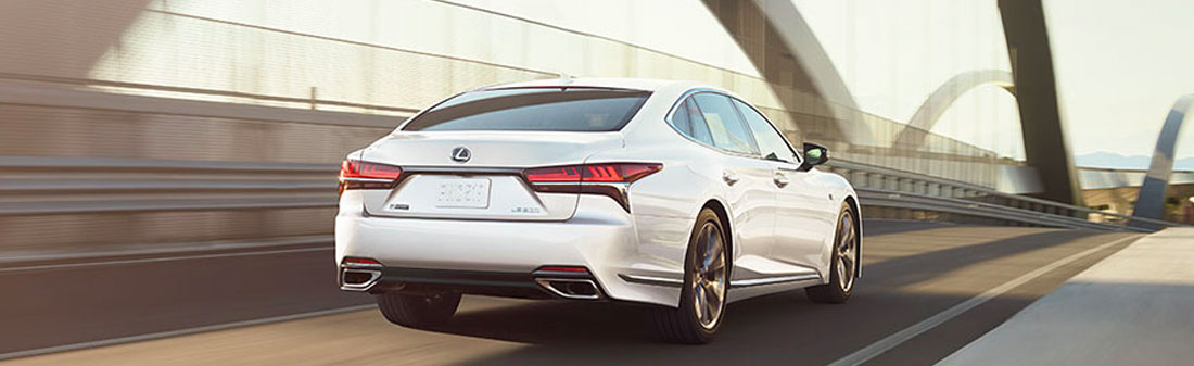 2018 Lexus LS rear view