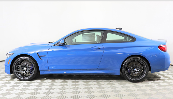 "2020 BMW M4 Coupe ""Heritage Edition"" Manual Interior"